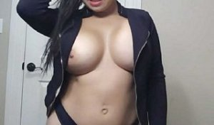 Chana escort chic Cancale, 35