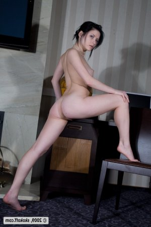 Wided femme escort Saint-Priest-en-Jarez